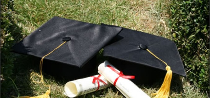 How to Finish College Ahead of Your Class