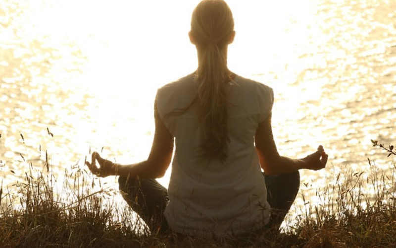 How Yoga Helps You be a Better College Student