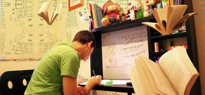 Graduate Tips for Freshmen Who Are Feeling Homesick