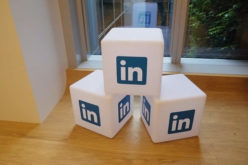 10 Smart Reasons to Make Your LinkedIn Account While in College