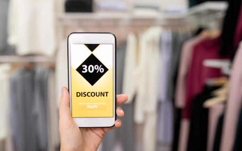 Smart Shopping: 4 Clever Ways to Save Money