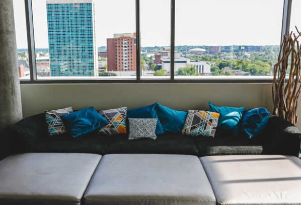 How To Furnish an Apartment With Little to No Money