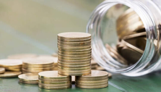 Money-Saving Tips for First-Year College Students