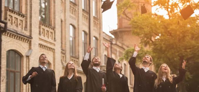 How to Encourage Alumni Networking