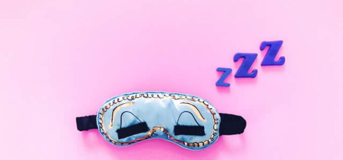 Here's How You Can Get a Good Night's Sleep As a College Student