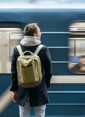 Tips for Choosing the Right Backpack for Commuters